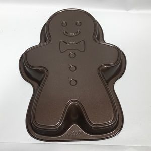 Wilton Nonstick Gingerbread Man Cake Pan Mold